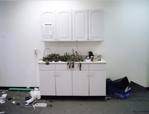 abandoned_office.jpg